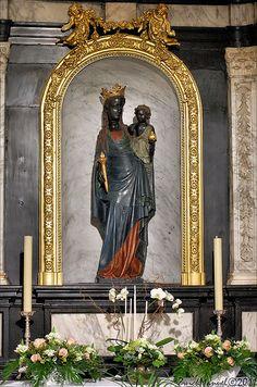 Black Madonna, Vierge Noire (Manurva)