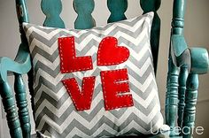 cute little pillow to make.... need to make the throw pillows for our bed!