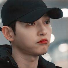 Korean Male Actors, Handsome Korean Actors, Sung Jong Ki, Song Joong Ki Cute, Soon Joong Ki, Body Gestures, Korean Drama Best, Han Hyo Joo, Reaction Face