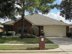 19410 Diversion, Tomball, TX 77375 1998 $179,900 and 1,944 ft, and $92.50 sqft 355HOA Contender. Nice floors, granite counters, no patio (covers window), nice facilities Ugly Walls South of Tomball