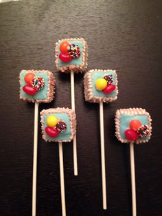 repinned by kid chef - Delainey's Diner  Candy crush cake pop