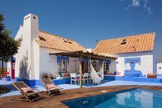 """""""Esqueçam Ibiza ou a Riviera"""", """"esqueçam até todo o Mediterrâneo"""", as praias realmente """"gloriosas"""" estão no Alentejo. Quem o diz é o conceituado jornal britânico The Guardian neste artigo bem simpático sobre a costa alentejana. E quem somos nós para contr..."""