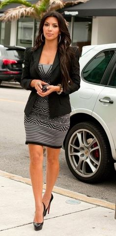 ¸I.•`♥¸.•`♥ what Kim is wearing Black Blazer, Grey and Black Knit Dress and Black Patent  Leather Louboutins
