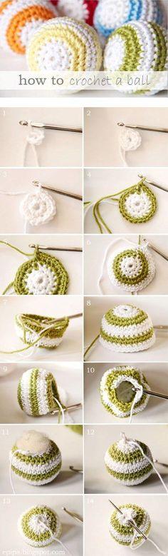 Patrón para principiantes para hacer una bola de crochet. Es muy fácil. Ve aumentando puntos hasta que tenga el diámetro que te guste, lueg...