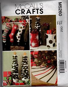 Christmas Decorations Sewing, Christmas Sewing Patterns, Christmas Stocking Pattern, Christmas Stockings, Christmas Ornaments, Holiday Decor, Amazon Art, Sewing Stores, Gift Bags