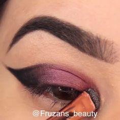 Makeup Tricks to Look Younger : 11 Ways . - Makeup Tricks to Look Younger : 11 Ways to Look Younger With Makeup Eyeliner- -