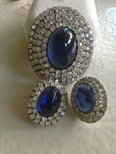 Vintage Crown Trifari Pin Earring RARE Beautiful Set Blue Jelly Belly Stone | eBay