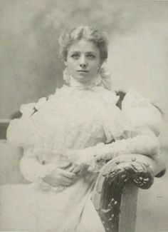 Maude Adams, the highest paid stage actress of the late 19th and early 20th centuries