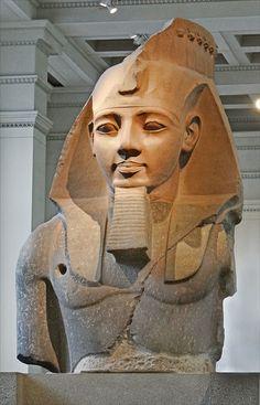 Ramsès II, le Jeune Memnon - British Museum, Londres - photo Jean-Pierre Dalbéra
