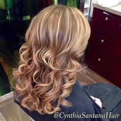 #Balayage w/#gloss to spruce up the #color by @SantanaHairDC #lpprous #kerastase #blonde #davidriossalon #highlights