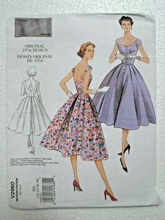 Vogue Dress Patterns, Dress Making Patterns, Vogue Sewing Patterns, Vintage Sewing Patterns, Knitting Patterns, Vintage Vogue, Vintage Models, Vintage Fashion, Vogue Models