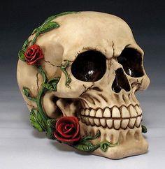 Romantic Skull with Red Roses Skeleton Head Halloween Decor Figurine Statue