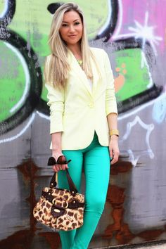 look do dia, ootd, look of the day, outfit, personal style, estilo pessoal, amarelo, verde esmeralda, blazer, sandálias zilian, camel e dour...