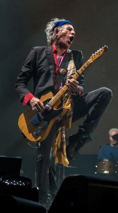 Keith Richards - love this guitar