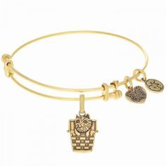 THE WIZARD OF OZ - TOTO IN A BASKET GEL1252 | Bracelets from Karen's Jewelers | Oak Ridge, TN