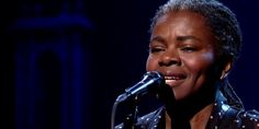Tracy Chapman Singing 'Stand By Me' Will Break Your Heart