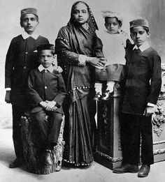 Kasturba Gandhi, wife of Mahatma, with their four sons