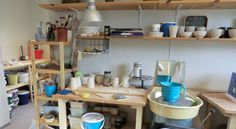 My workstation in the pottery Kitchen Cart, Pottery, Home Decor, Ceramica, Homemade Home Decor, Kitchen Utility Cart, Pottery Marks, Kitchen Carts, Decoration Home