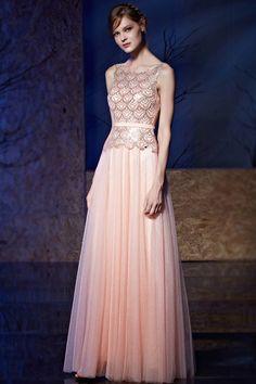 Robe de soiree pailletee rose