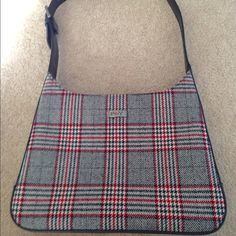 Preston & York tweed tartan bag NWOT Preston & York faux leather & tweed/tartan-look handbag with adjustable belt-buckle-style strap. Features main compartment with zippered pocket. Strap, sides, & bottom of bag are all 1 piece, which makes it sturdier. This bag is in immaculate, clean condition. 92% acrylic, 4% wool, 4% polyester. Measures 11 x 9 x 2.5. Preston & York Bags Shoulder Bags