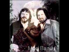 Moe Bandy & Joe Stampley -  Honky Tonk Queen