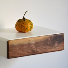 Minimalism with a touch of color: floating bedside table in October mood Bedside, Floating Nightstand, Solid Wood, October, Pumpkin, Nightstands, Colors, Table, Minimalism