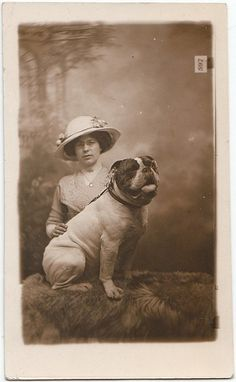 Vintage Bulldog pic from 1920. Pinned by Judi Crowe.