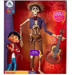 Hoy hemos podido ver las primeras imagenes del merchandising de Coco que Disney Pixar pondrá a la venta en Disney Store. ...