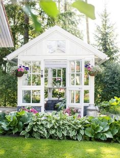 Greenhouse from Old Windows – Beautiful! Simple And Budget-Friendly Plans To Build A Greenhouse 12 #
