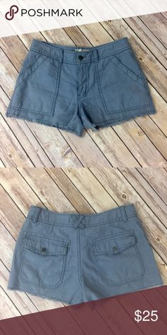 "❗️Price Drop❗️✨Free People Shorts✨ 100% cotton, 28"" waist, 3"" inseam Free People Shorts"