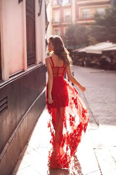 Celebrity High Quality Red Lace Sleeveless Hollow Out Long Rayon Bandage Dress Evening Party Elegant Dress Trendy Dresses, Nice Dresses, Red Formal Dresses, Evening Dresses, Prom Dresses, Embellished Gown, Mermaid Gown, Red Lace, Red Satin