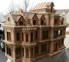 One of my internet friends actually owns this house. One of my fondest wishes is to pick up my granddaughter, and take her out to see all the incredible dollhouses in this collection!