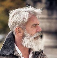 I wanna touch his beard, looks very inviting! Corte Swag, Hair And Beard Styles, Hair Styles, Beard Game, Grey Beards, Beard Look, Beard Growth, Awesome Beards, My Hairstyle