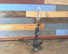 Lampada robot Pipe lampada da industriale Decor di TheCleverRaven