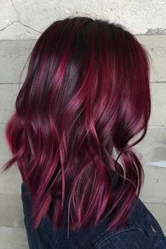 Are you looking for Dk Brown Purple Burgundy hair color hairstyles? See our collection full of Dk Brown Purple Burgundy hair color hairstyles and get inspired! Pixie Cut Blond, Short Wavy Hair, Short Hair Styles, Short Burgundy Hair, Black Hair, Ombre Burgundy, Deep Burgundy, Burgundy Hair Colors, Red Balayage Hair Burgundy