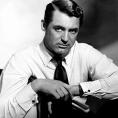 Cary Grant...was there ever anyone sexier????  I doubt it.