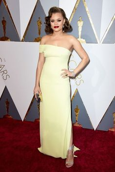 The Oscars Prove They Have The Best Red Carpet Style, Ever  #refinery29  http://www.refinery29.com/2016/02/103017/oscars-2016-best-dressed-red-carpet-photos#slide-12  Singer Andra Day serves up a dose of Old Hollywood glamour with a sleek yellow dress that hangs slightly off-the-shoulder. We're getting serious Marilyn Monroe vibes from this, are you?...