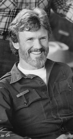 Kris Kristofferson face close up in Flashpoint 1984 original movie photo Country Music Stars, Country Singers, Eye Movie, Rita Coolidge, Atticus Finch, Kris Kristofferson, Cinema, Movie Photo, Original Movie