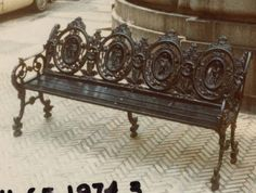 Settee with four medallions on back representing the four seasons.