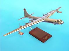 EXECUTIVE SERIES 1/100 DESKTOP MODEL B-36J PEACEMAKER! MINT! B6610
