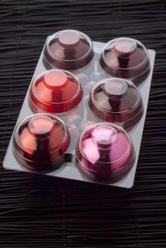 """Blister de #Boules de Noël #Rouge #rose #decoration #sapin #maison #photographe #culinaire merci por le """"re-pin"""" #marielyslorthios"""
