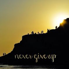 It is never easy, but the top is reachable. If it was easy everybody would be doing it. 💪 earlyapp.io #motivation #meditation #positivevibes #inspiration #morning #sunrise #rise #early #topoftherock #topoftheworld #topofthemorning #topofthemountain #climbing #hard #goingup #top #success #positivemind #ambitious