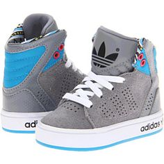 cool infant kicks
