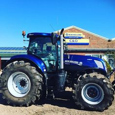 New Holland T7.270 #bluepower just about to be delivered by C&O Tractors on…