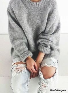winter outfits casual winter fashion 2017 winter fashion outfits winter fashion cold winter fashion 2017 street style winter style winter sweaters winter clothes winter looks winter layering outfits Looks Street Style, Looks Style, Winter Trends, Fall Winter Outfits, Autumn Winter Fashion, Winter Clothes, Winter Wear, Grey Clothes, 2016 Winter