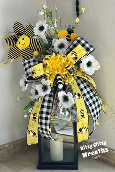Your place to buy and sell all things handmade Summer Table Decorations, Summer Centerpieces, Bee Crafts, Lanterns Decor, Bee Theme, Summer Wreath, Summer Crafts, Porch Decorating, Christmas Crafts