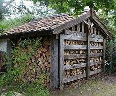 victorian alpine log shed