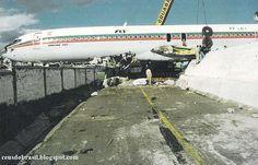 .01/MAI/1996 Aeroporto Internacional Mariscal Sucre SEQU - Quito - Equador Altitude:9228 pés / 2813 metros B727-200 Fly Linhas Aéreas A bordo, time do Corinthians