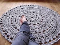 rug made of grey rope