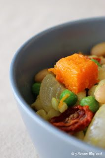 Roasted Veggie Samp & Beans in Bowl Easy Cooking, Healthy Cooking, Green Salsa, New Flavour, Bean Recipes, Stuffed Green Peppers, Other Recipes, Cherry Tomatoes, The Ordinary